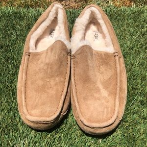 Men's UGG Ascot Suede Shearling Lining Slippers 11